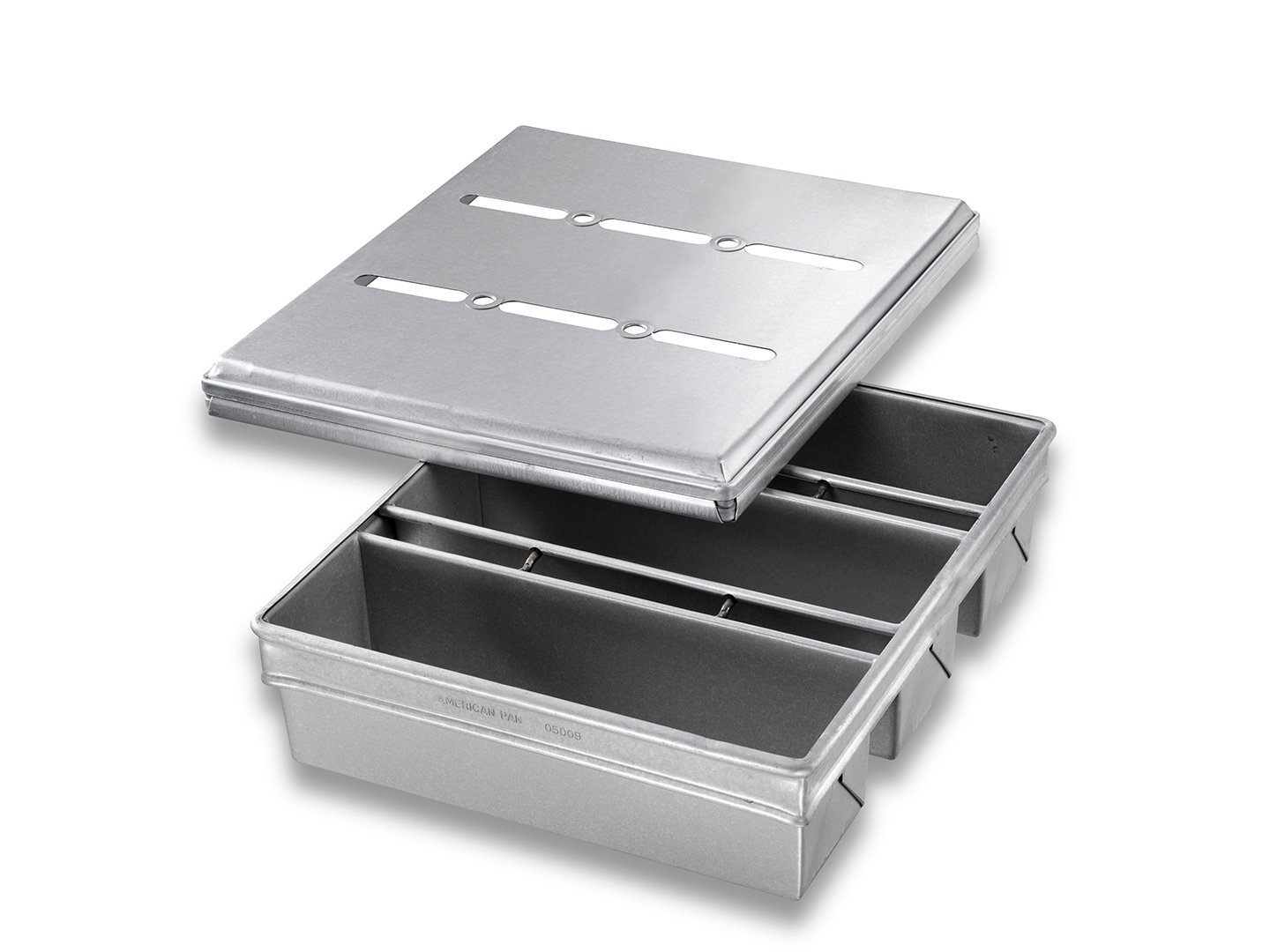 3-in-Line Pullman Bread Pan with Lid - AMERICOAT® Coating