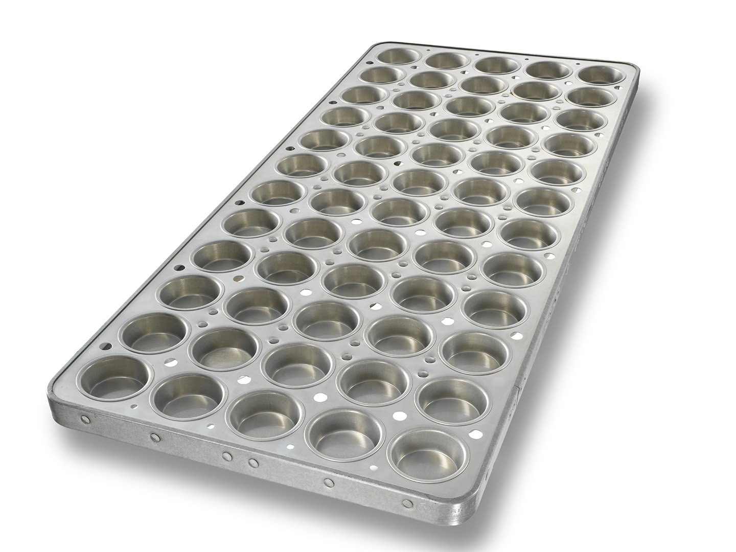 Muffin Pan with Seamed Cups and Drain Holes in Panel – AMERICOAT® Coating