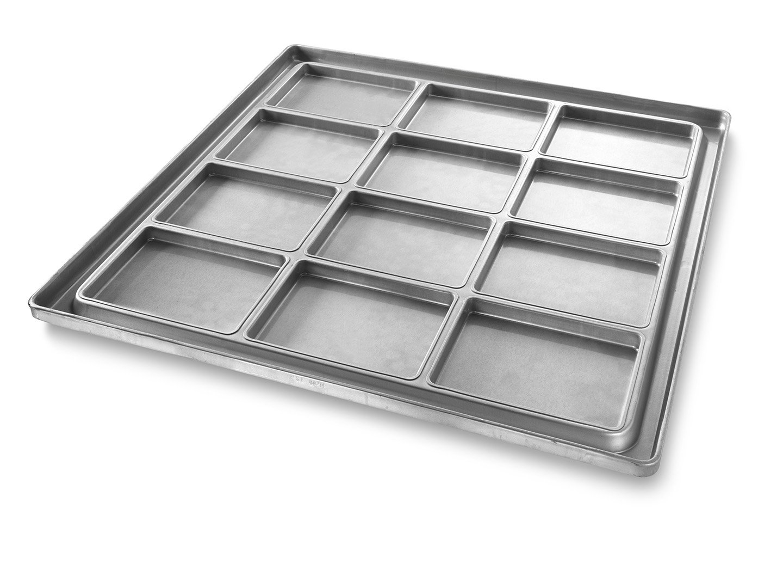 Inverted Rectangular Pizza Pan – AMERICOAT® Coating